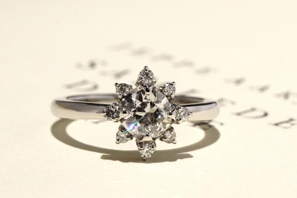 リフォーム後のプラチナ製ダイヤモンドエンゲージリング(婚約指輪)完成写真