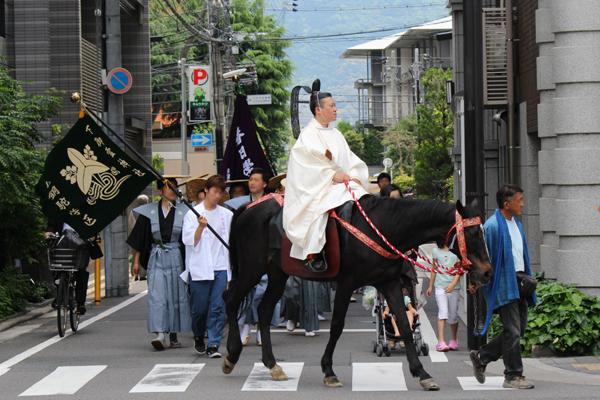 2015年還幸祭・行列の馬