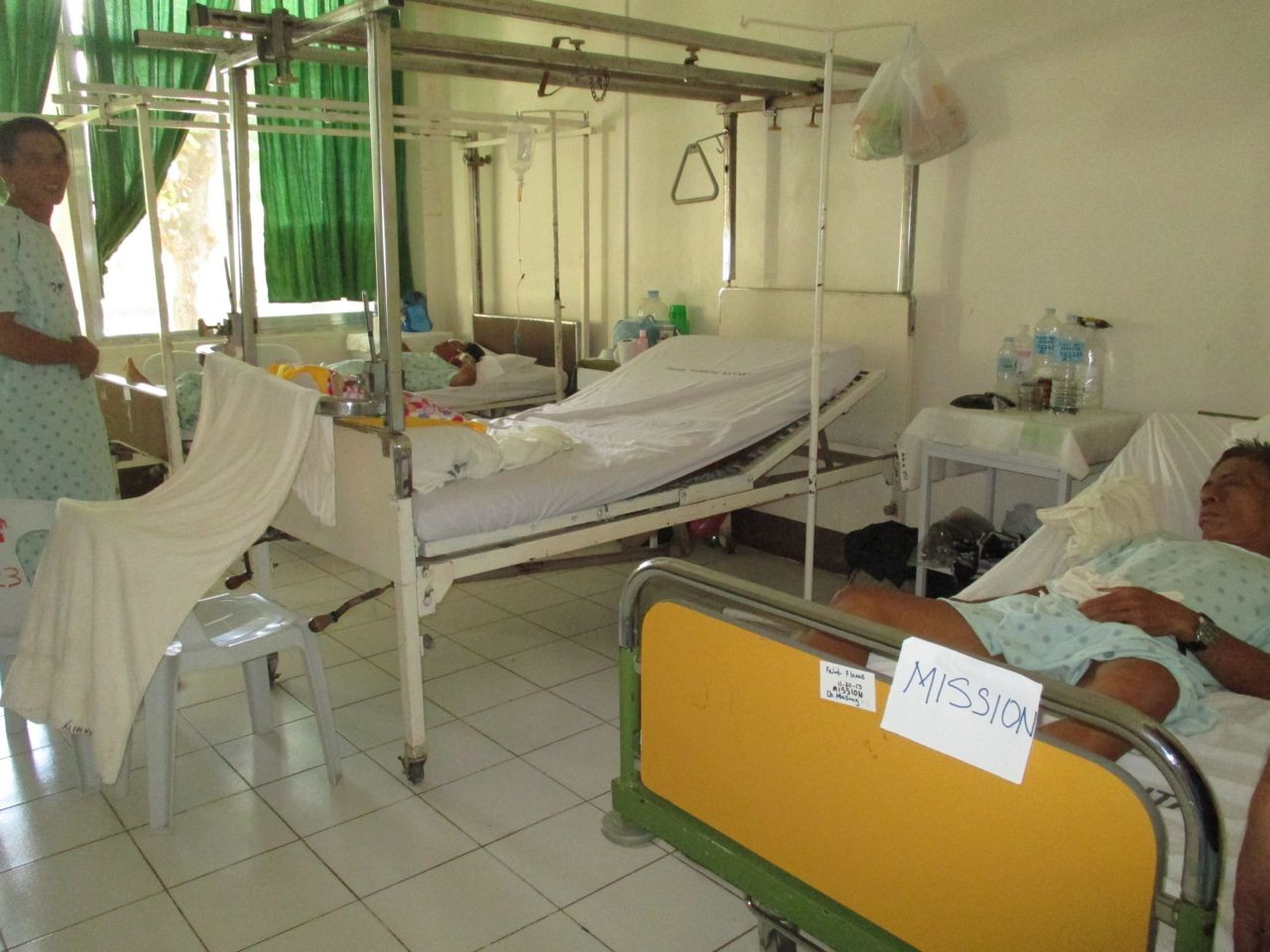 ein Patientenzimmer, speziell für die Mission-Patienten