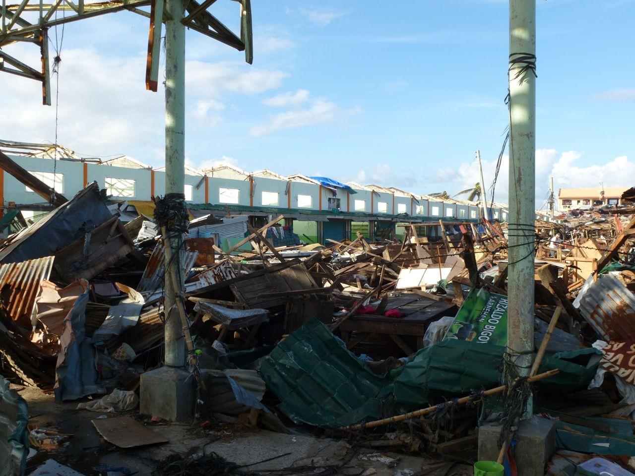 der Markt von Tanauan bei unserer Ankunft