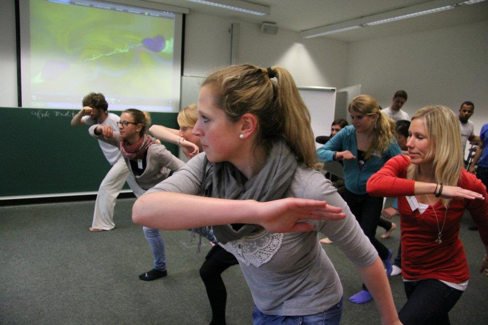 Capoeira-Workshop Lektion 1: Verteidigung ©PassauerLateinAmerikagespräche