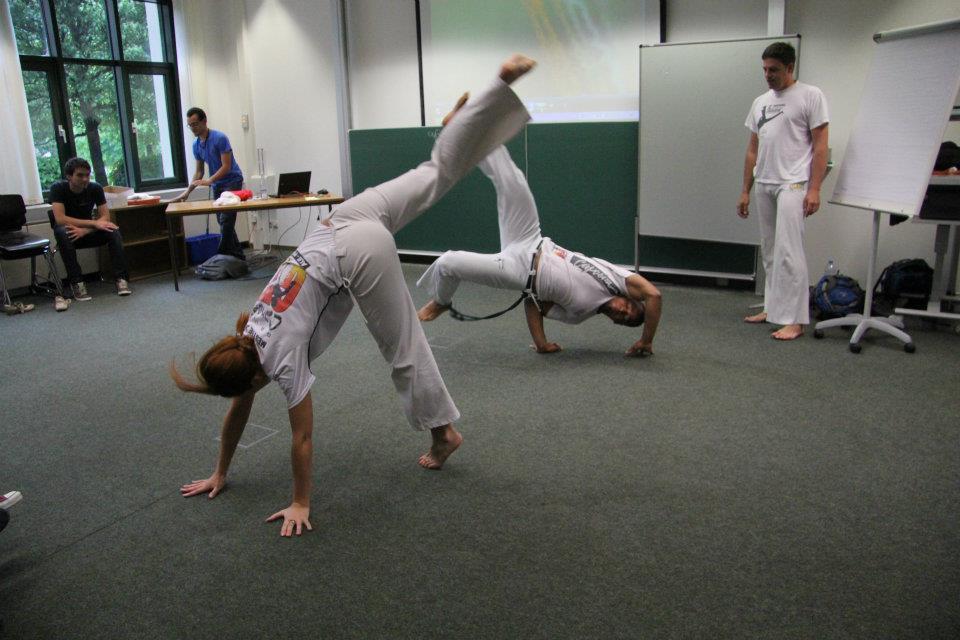 Capoeiristas in Aktion ©PassauerLateinAmerikagespräche