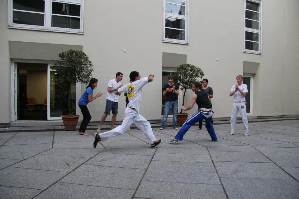 Capoeira-Vorführung im NK-Innenhof ©PassauerLateinAmerikagespräche