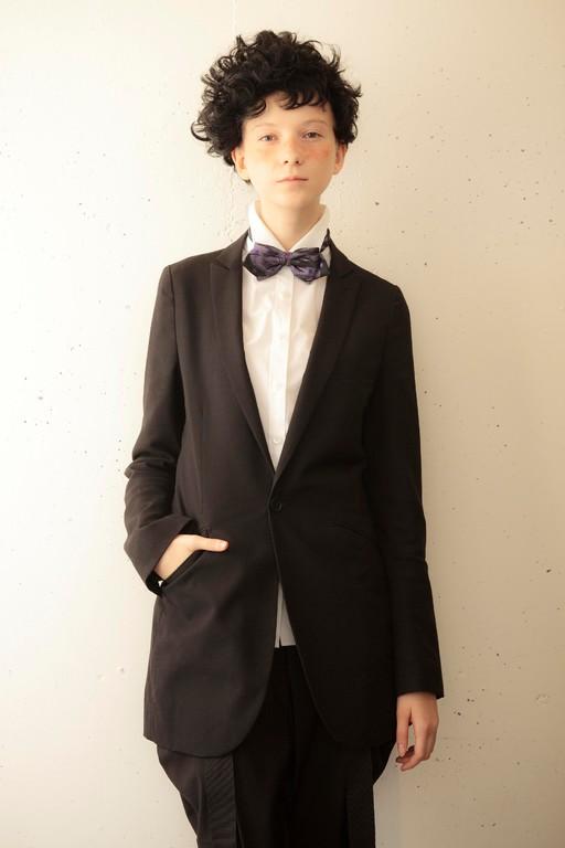 2011 Japan Hairdrssing Awards area stylist of the year  /                   hair :Hayashi Seima  make: Shimizu Mami