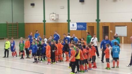Mannschaften bei der Begrüßung
