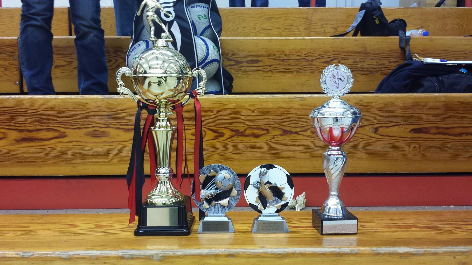 Die Pokale der D1