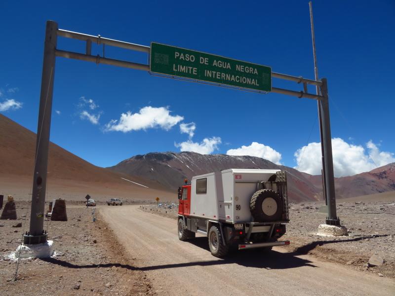 s'Team carrotte hat die Passhöhe erreicht, 4753 Meter
