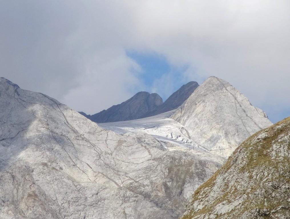 Vignemale et glacier d'Ossoue