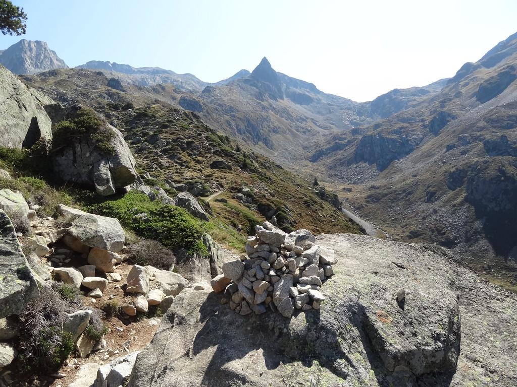 Vers le lac du Pourtet et le refuge Packe