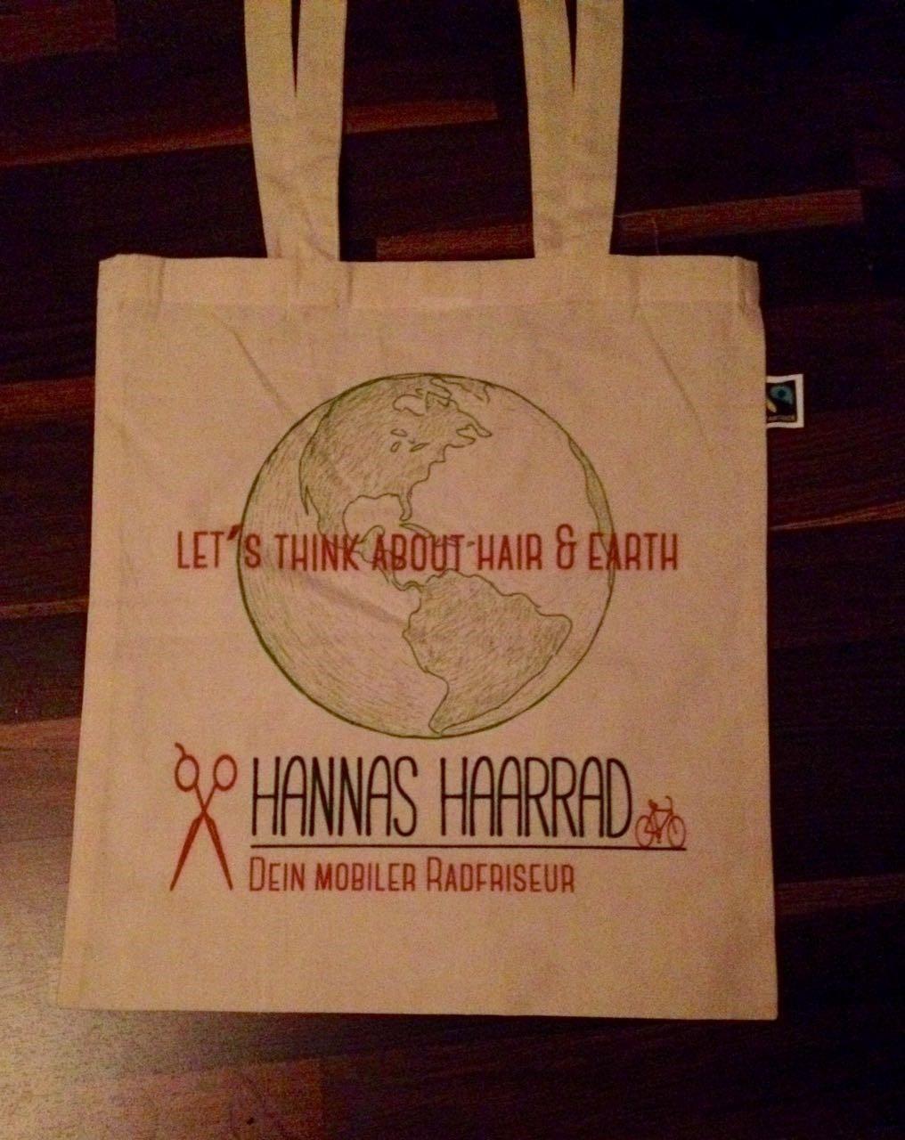 3. Advent: Es gab den ersten Fairtrade Jutebeutel zu gewinnen. Let's think about hair & earth. Do it!