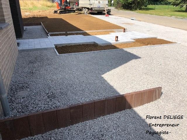 aménagement extérieur entrée garage entrée habitation contemporary landscaping