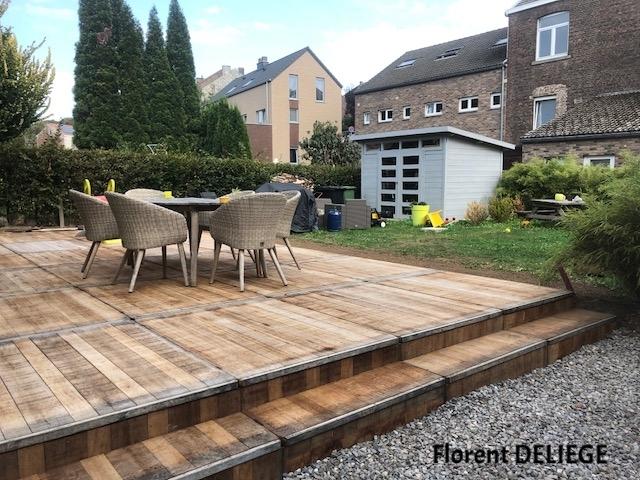 terrasse bois en panneaux de coffrage contemporary landscaping