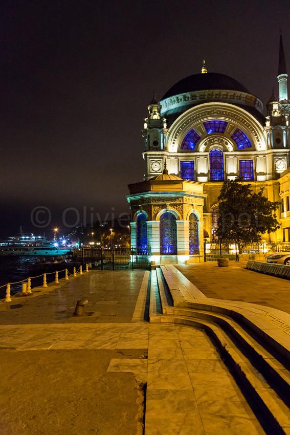 Istanbul - Mosquée de Dolmabahçe