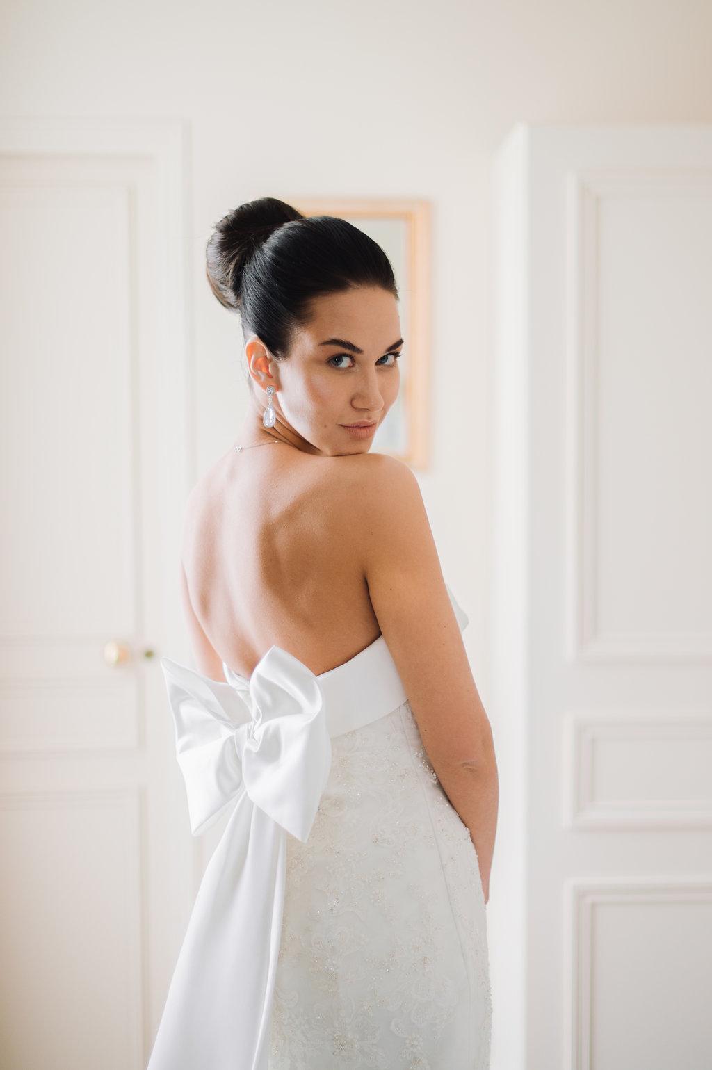 bride's morning in Paris