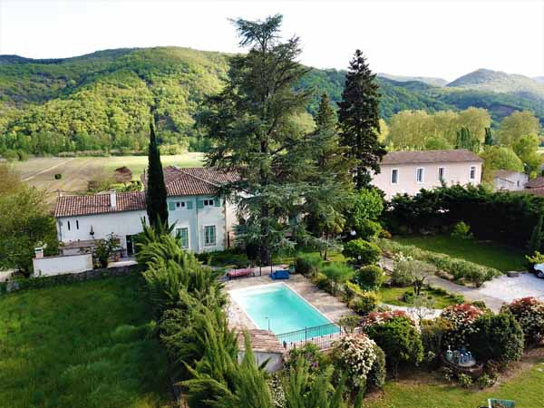 Extérieur Maison Bersane cure et vacances