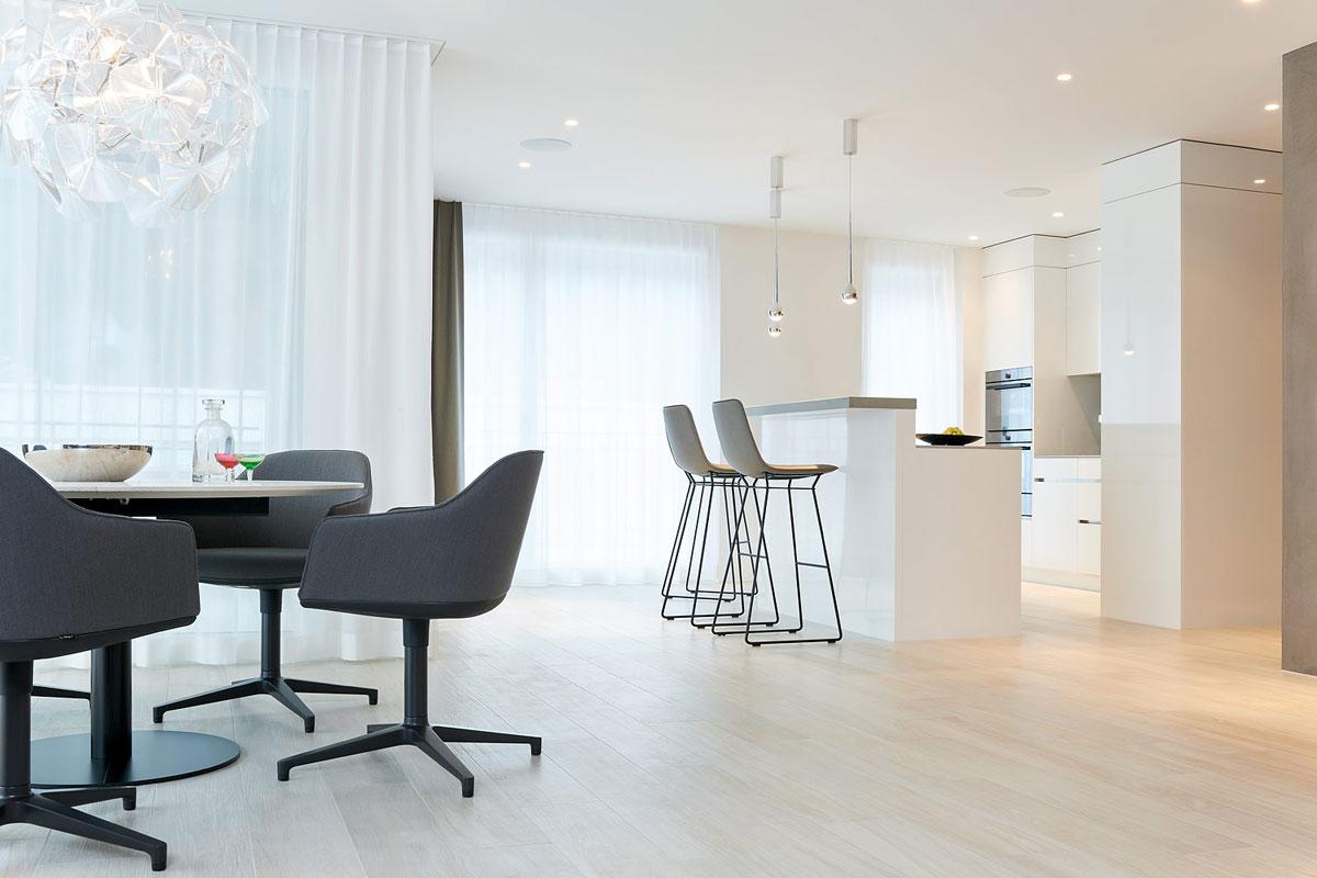 6-Room Apartment Walenstadt Dining