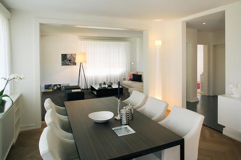 8-Room Apartment Höngg Dining