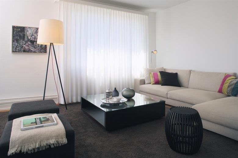 8-Room Apartment Höngg Living