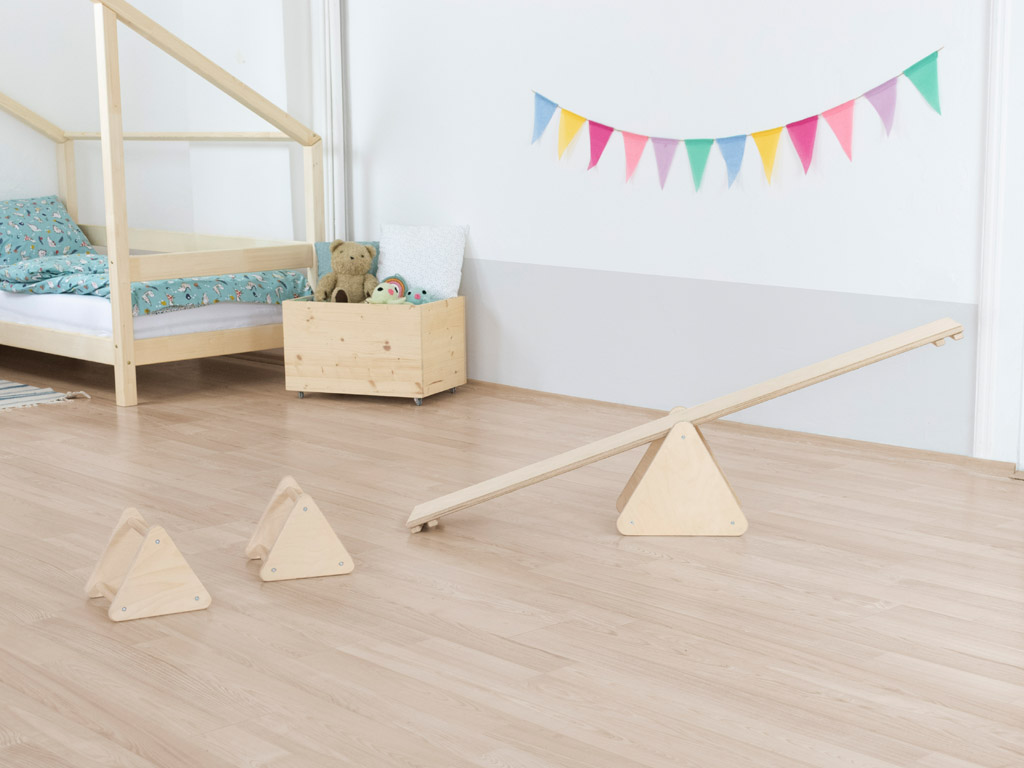 Montessori-Wippe in Holz (Natur)
