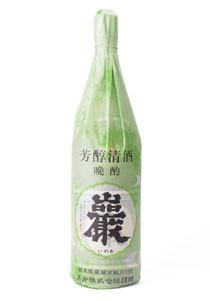 巖 清酒1.8L 1500円