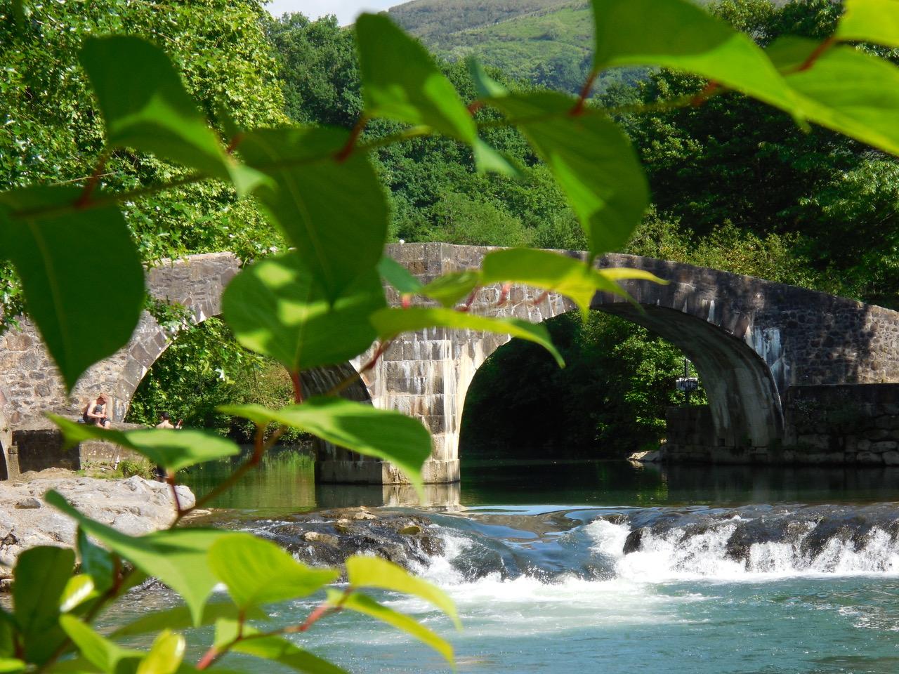 Pont près d'Ascain