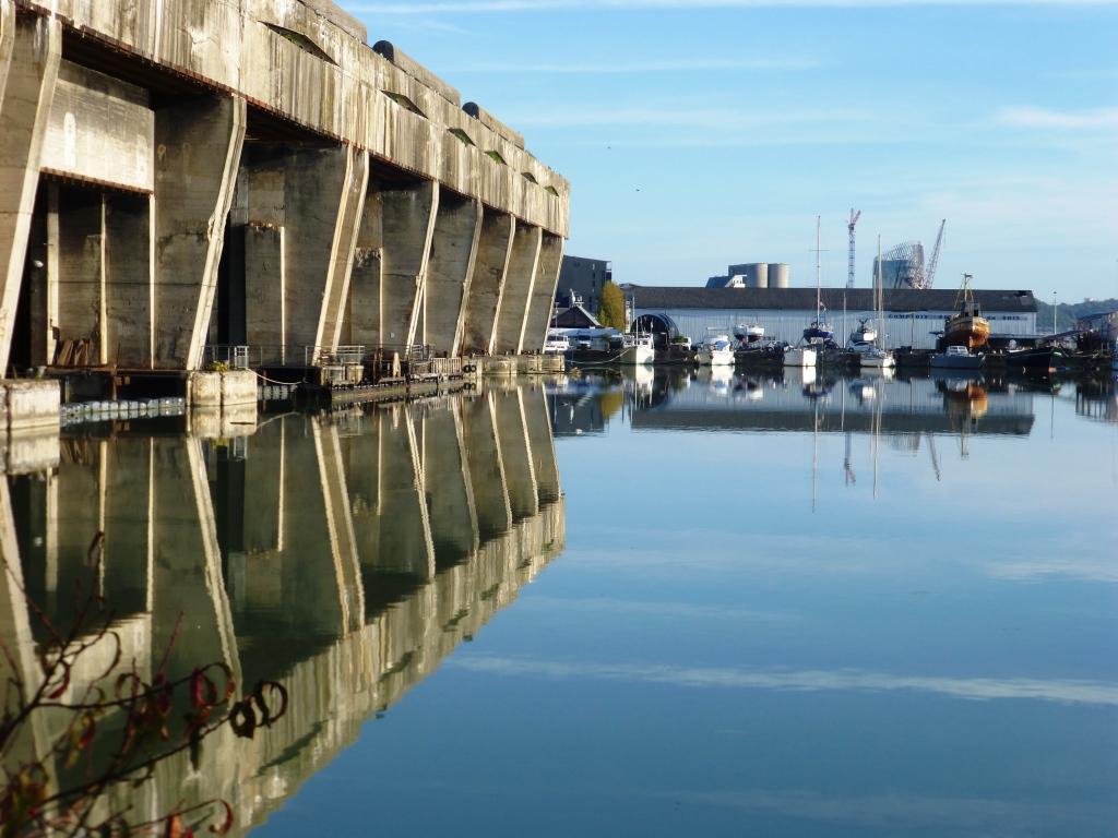 La Base sous-marine de Bordeaux ( photo M. Depecker)