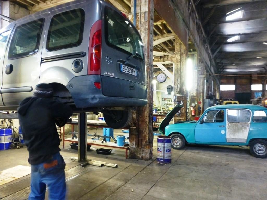 Atelier de réparation de voitures