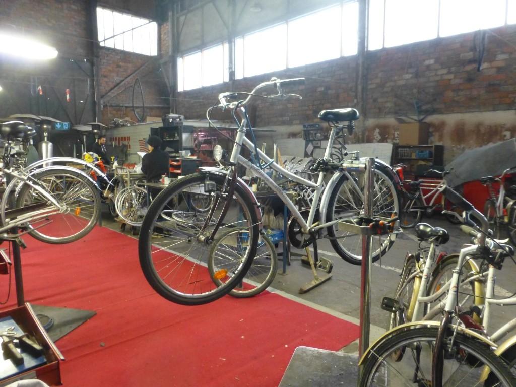 et de vélos