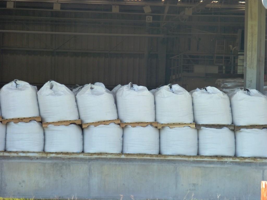 Les big bags en attente de livraison