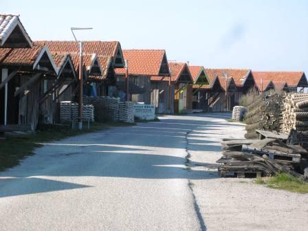 Les cabanes (M. Depecker)