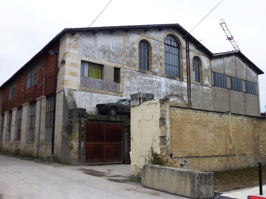 Le Garage Moderne est installé dans un ancien atelier de briques