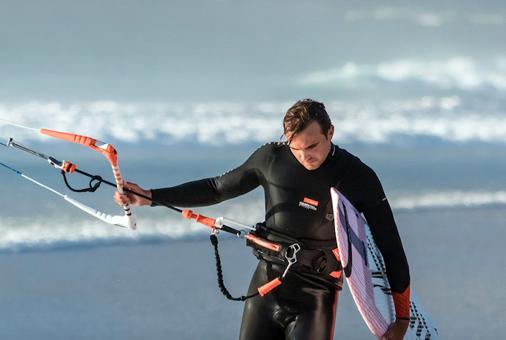 Le leash-harnais du kitesurfeur ( F. Grange)