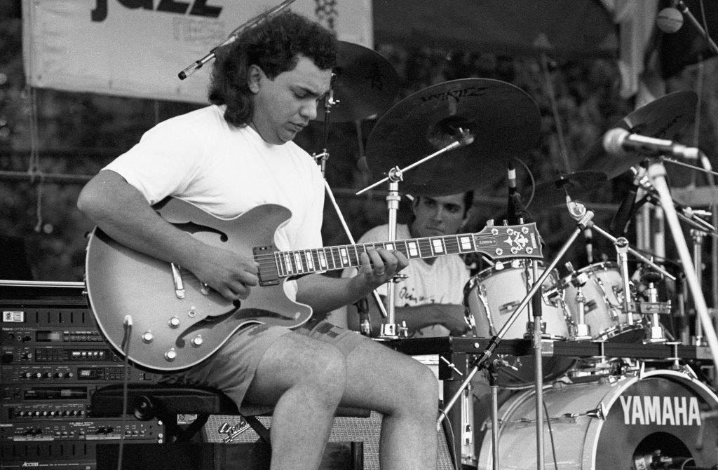 Bireli Lagrène, guitariste manouche, aborde tous les styles de jazz