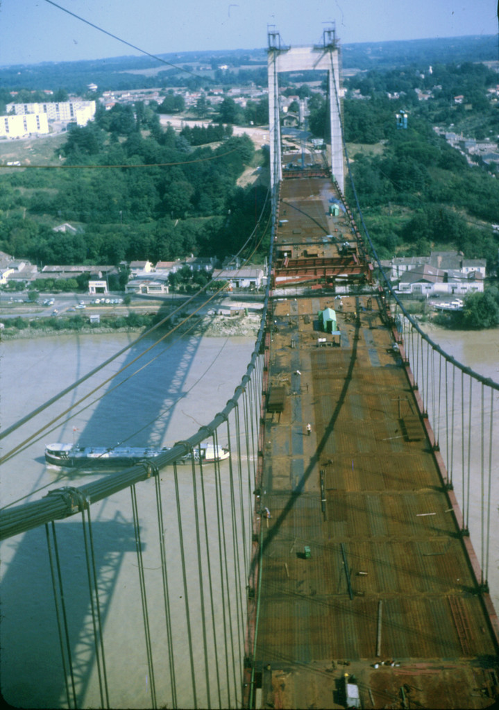 Septembre 1966 : le tablier en fin de construction