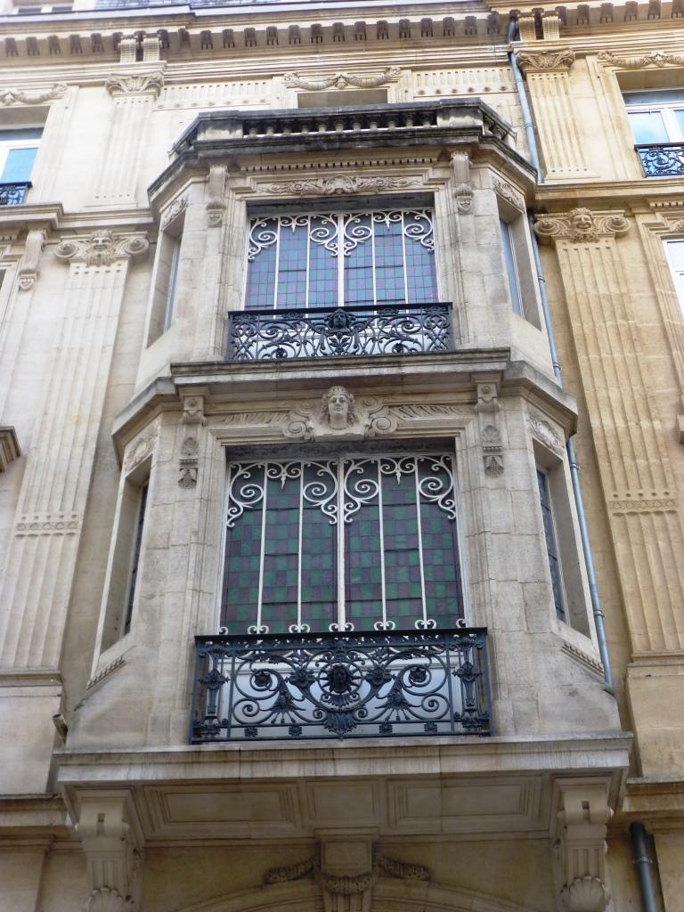 Bow-window du XIXe siècle