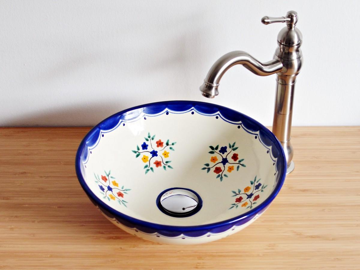 Kleines mexikanisches Aufsatzwaschbecken für Gäste-WC - Pensamiento