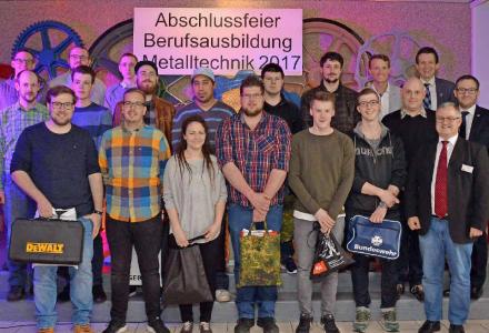 Die Abschlussbesten am TGBBZ Neunkirchen. Foto: Jörg Jacobi