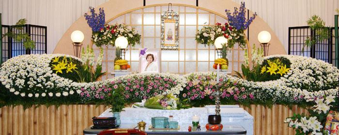 一般葬プラン80祭壇