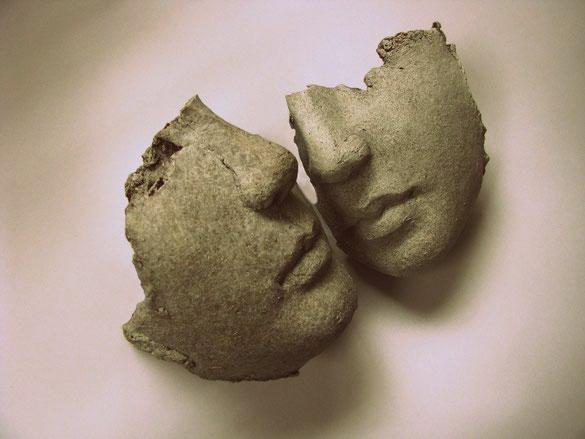 Fragmente aus verlorenen Tagen - Keramik - 25 x 15 cm - 2014