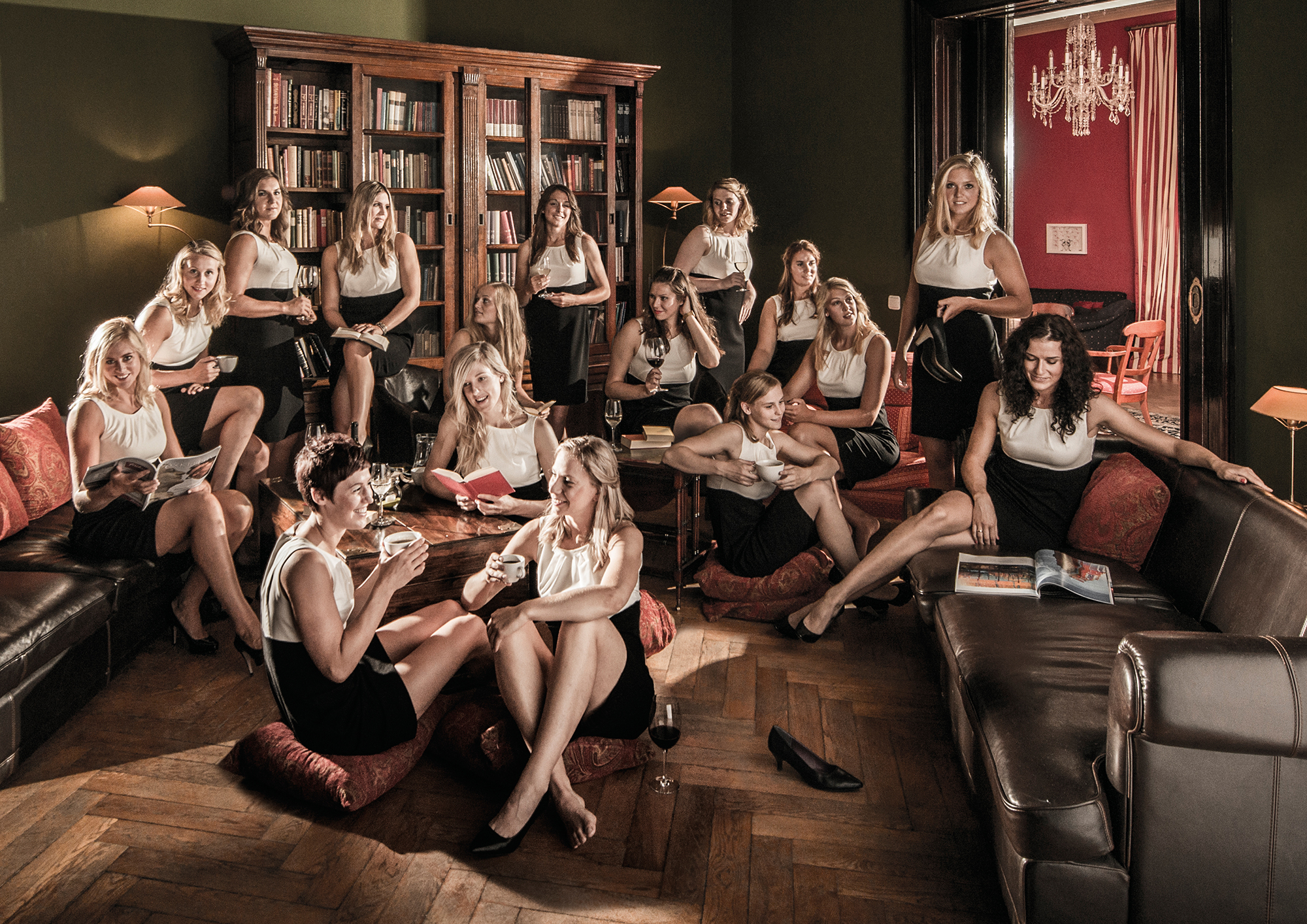 Handball Damen vom HCL im Club International - fotografiert für HCL Kampagne  - © Dirk Brzoska