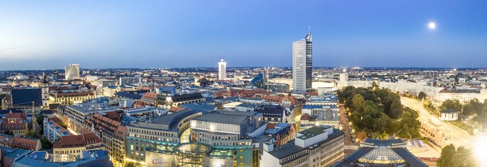 Blick auf Leipzig am Abend - erschienen in LVV Imagebroschüre - © Dirk Brzoska