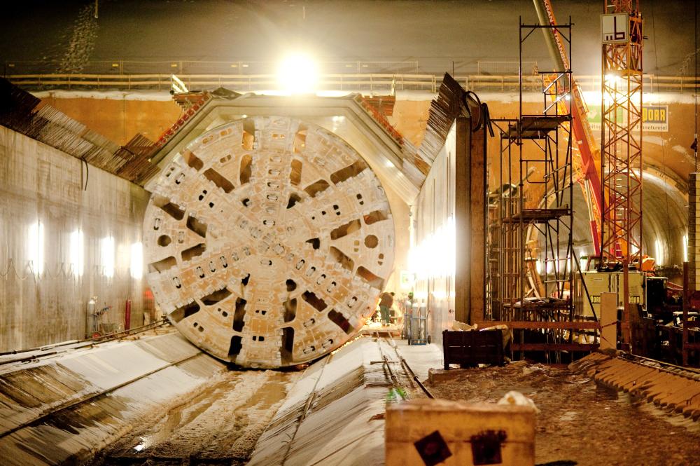 Tunnelbohrer am Finnetunnel - fotografiert für Deutsche Bahn - © Dirk Brzoska
