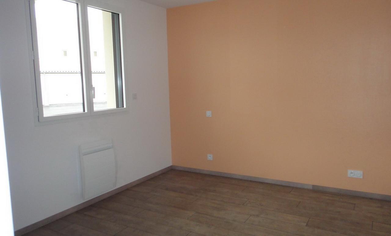 Chambre d'un autre appartement 2 pièces