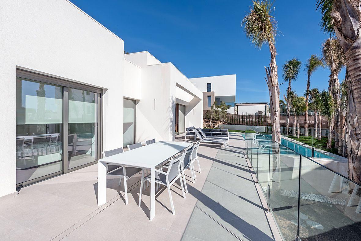 Terrasse de la Luxueuse Villa T5 à coté de BENIDORM