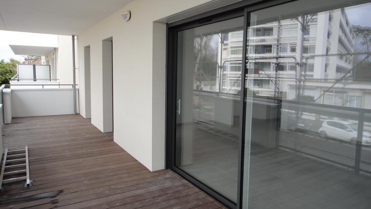 Balcon d'un 3 pièces au 1er étage