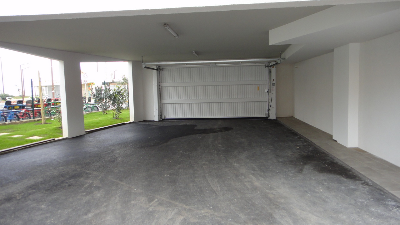 Le porche d'accès pour les véhicules