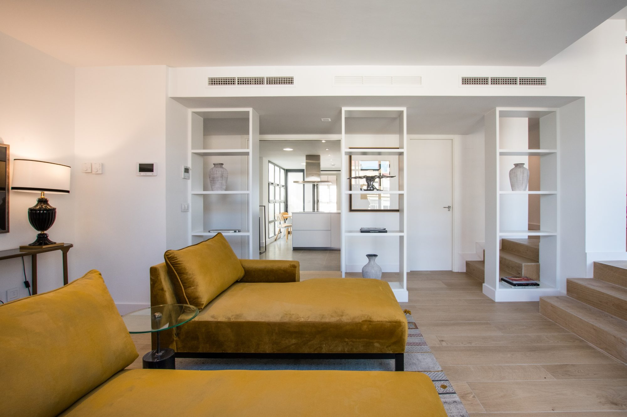 Vue intérieur de l'appartement neuf à Alicante Centre