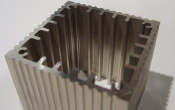 マグネシウム合金支柱の断面