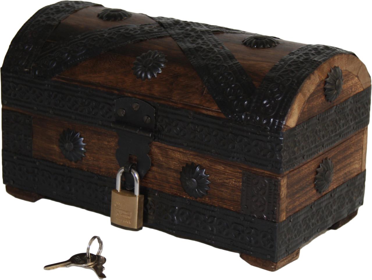 schatztruhen mit schloss aus holz online kaufen bei sd versandhaus. Black Bedroom Furniture Sets. Home Design Ideas