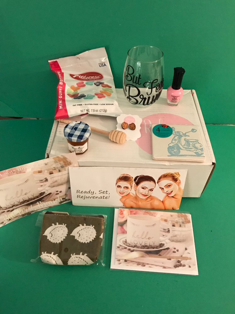RebeccaMail Deluxe Lifestyle Box August 2017
